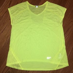 Nike Neon Yellow Workout Top Size Medium EUC